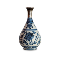 127 An early Yuan blue and white porcelain Bottle