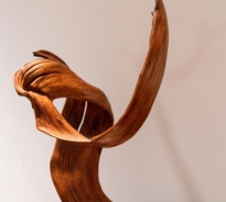 Close up of the scholar's root wood at The Natural World exhibition, Oliver Hoare Ltd